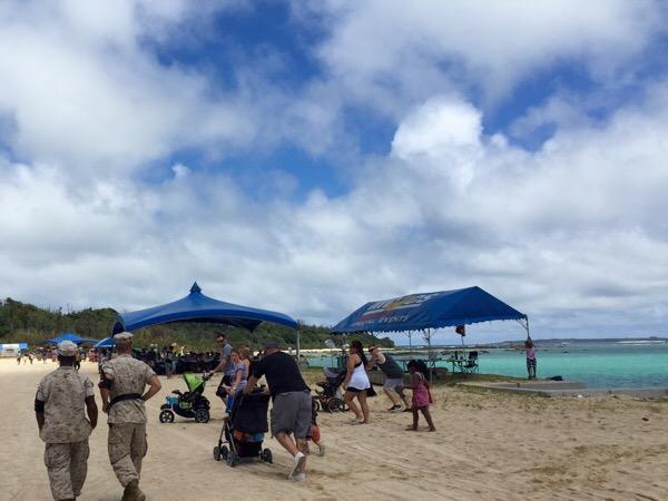 【沖縄の米軍基地】訓練場でビーチパーティー!金武ブルービーチバッシに行って来た