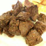 浦添市伊祖「ステーキハウス四季」で1200円のステーキランチ食べた。